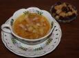 Гороховый суп скопченостями и сухариками