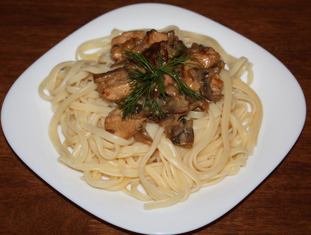 спагетти с грибами в духовке